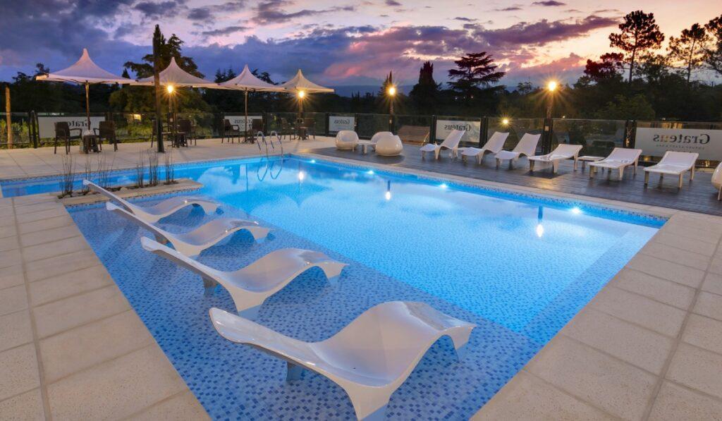 Grateus Luxury Apart & Spa